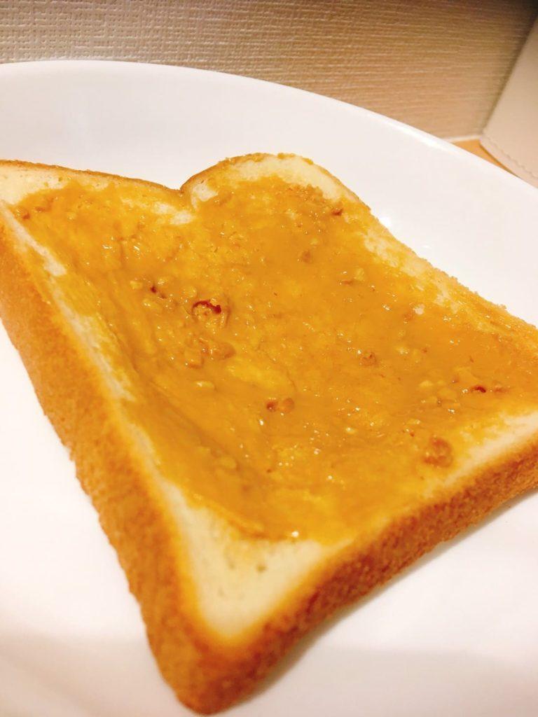 ピーナッツバター食パン