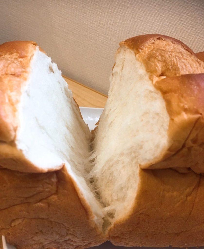 酵母食パンさく