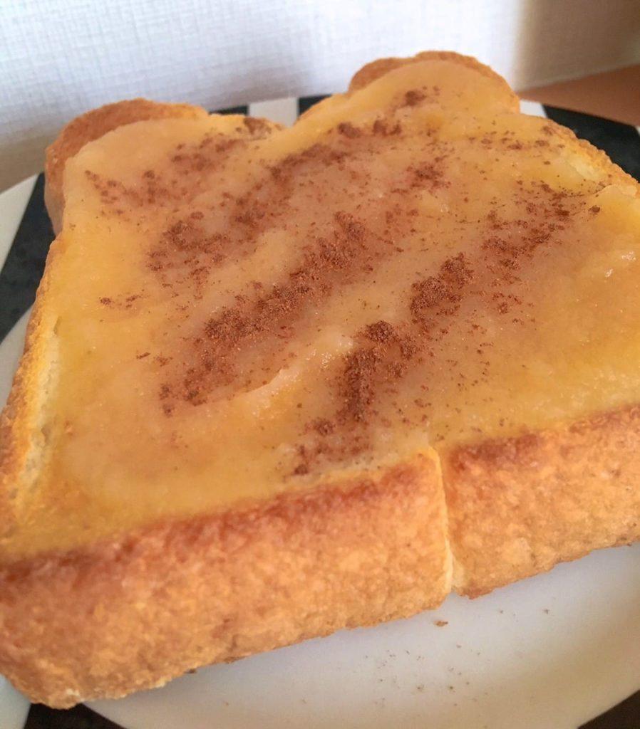 アップルソース 食パン